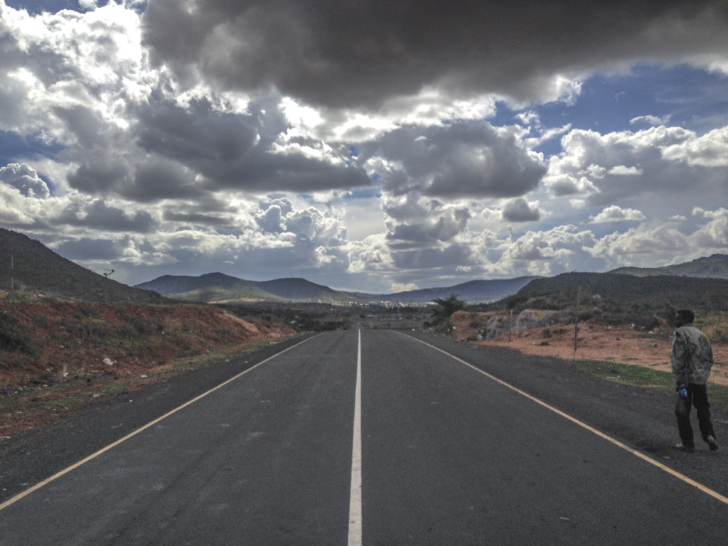 The open Road between Moyale and Yabelo.
